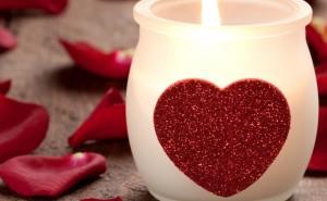 Романтическая свеча на рабочий стол романтика любовь романтика обои выского качества скачать на рабочий стол