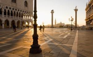 Италия площадь улицы закат люди обои на рабочий стол города страны высокого качества