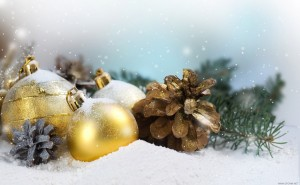 Шишки и шары Праздник Новый год обои на рабочий стол высокого качества скачать рождество снег елки свечи елочные шары