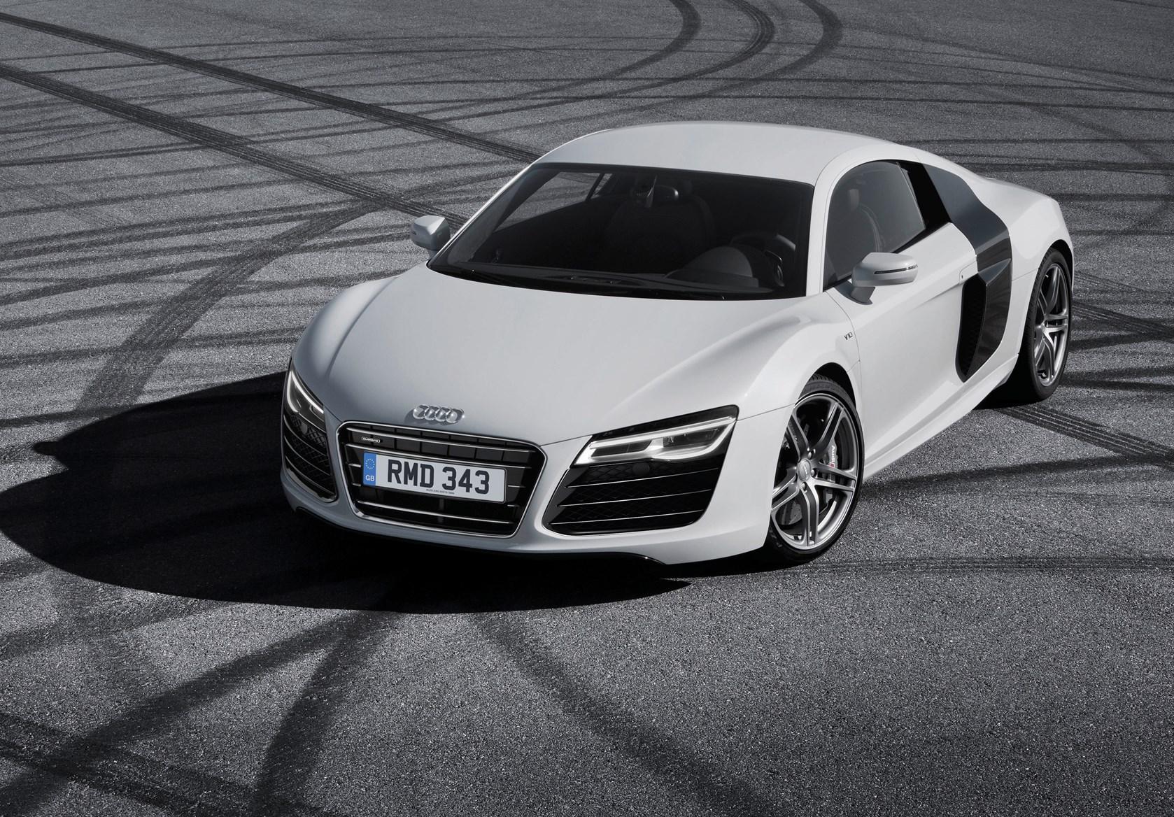 <p>Audi r8</p>