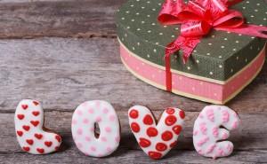 Подарок на день святого валентина скачать обои романтика