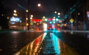 Дорога после дождя в городе вечер обои на рабочий стол города страны высокого качества
