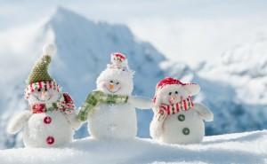 Снеговики смешные на рабочий стол