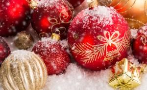 Новогодние елочные шары, игрушки на елку