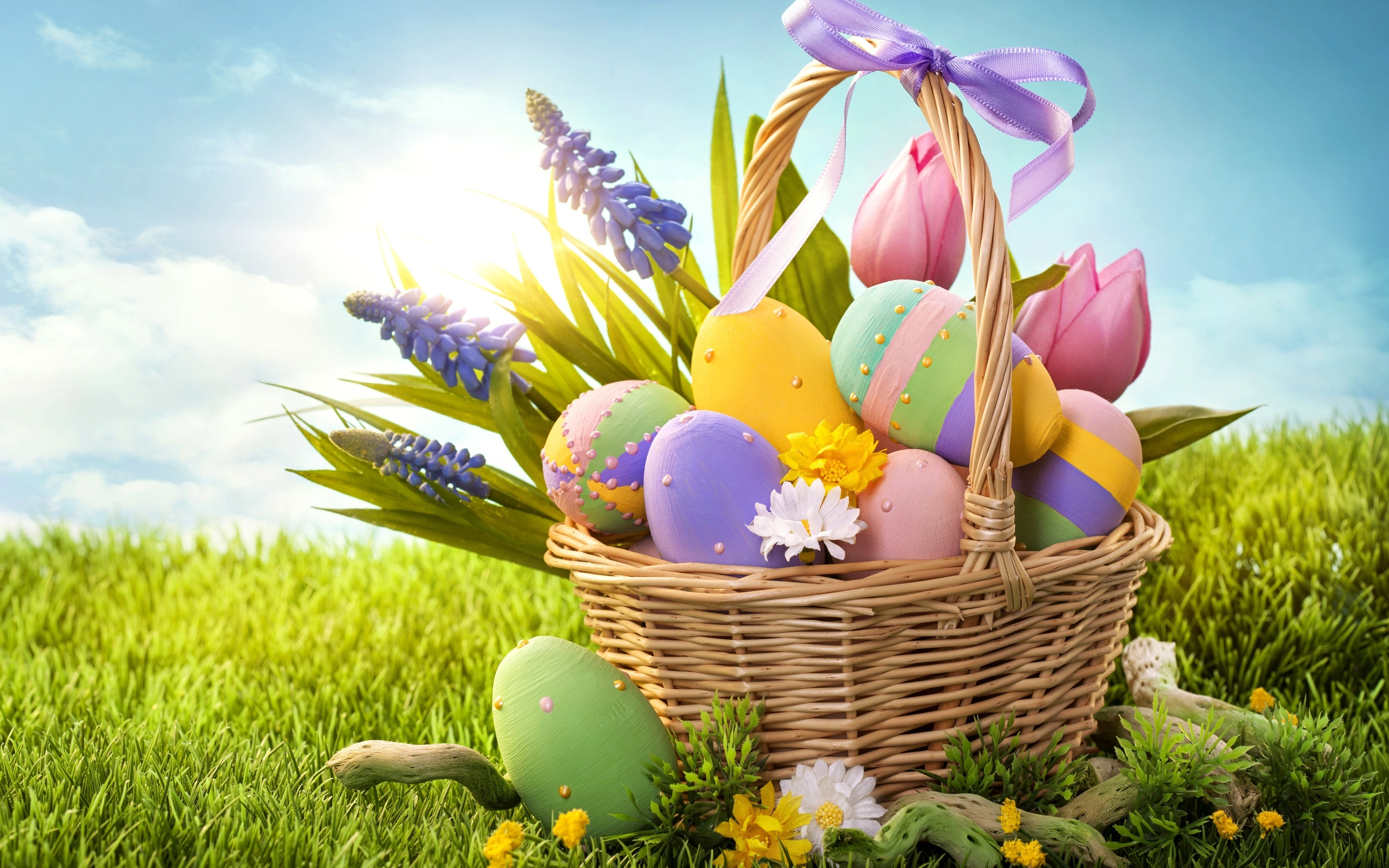 <p>Яйца в корзине</p>