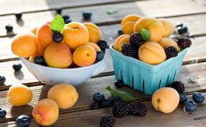 Персики и еживика