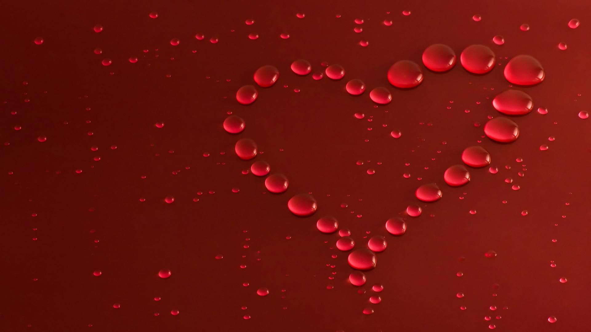 <p>Сердце из капель</p>