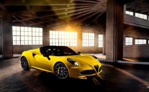 Альфа ромео желтое авто на рабочий стол супер кар скачать качественные обои скачать
