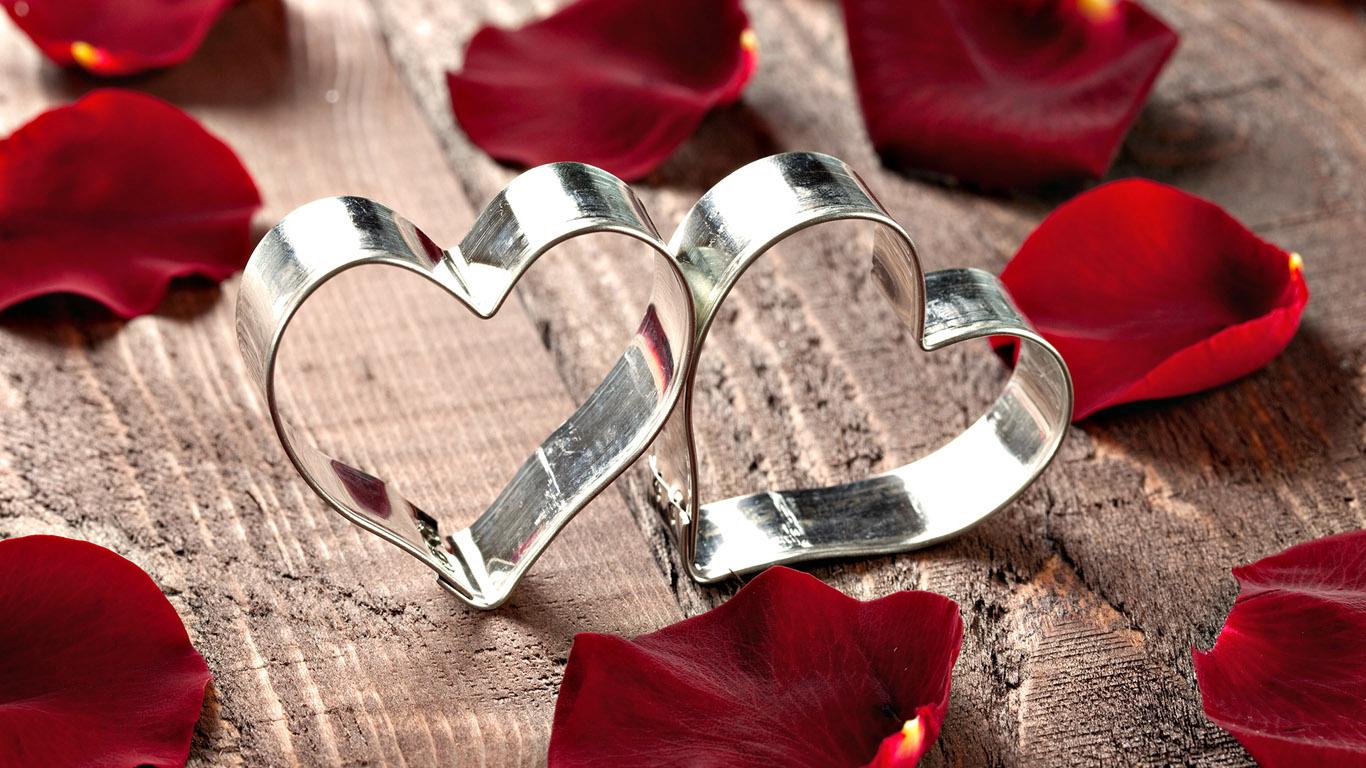 <p>Два сердца</p>