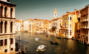Италия канал лодки вода обои на рабочий стол города страны высокого качества