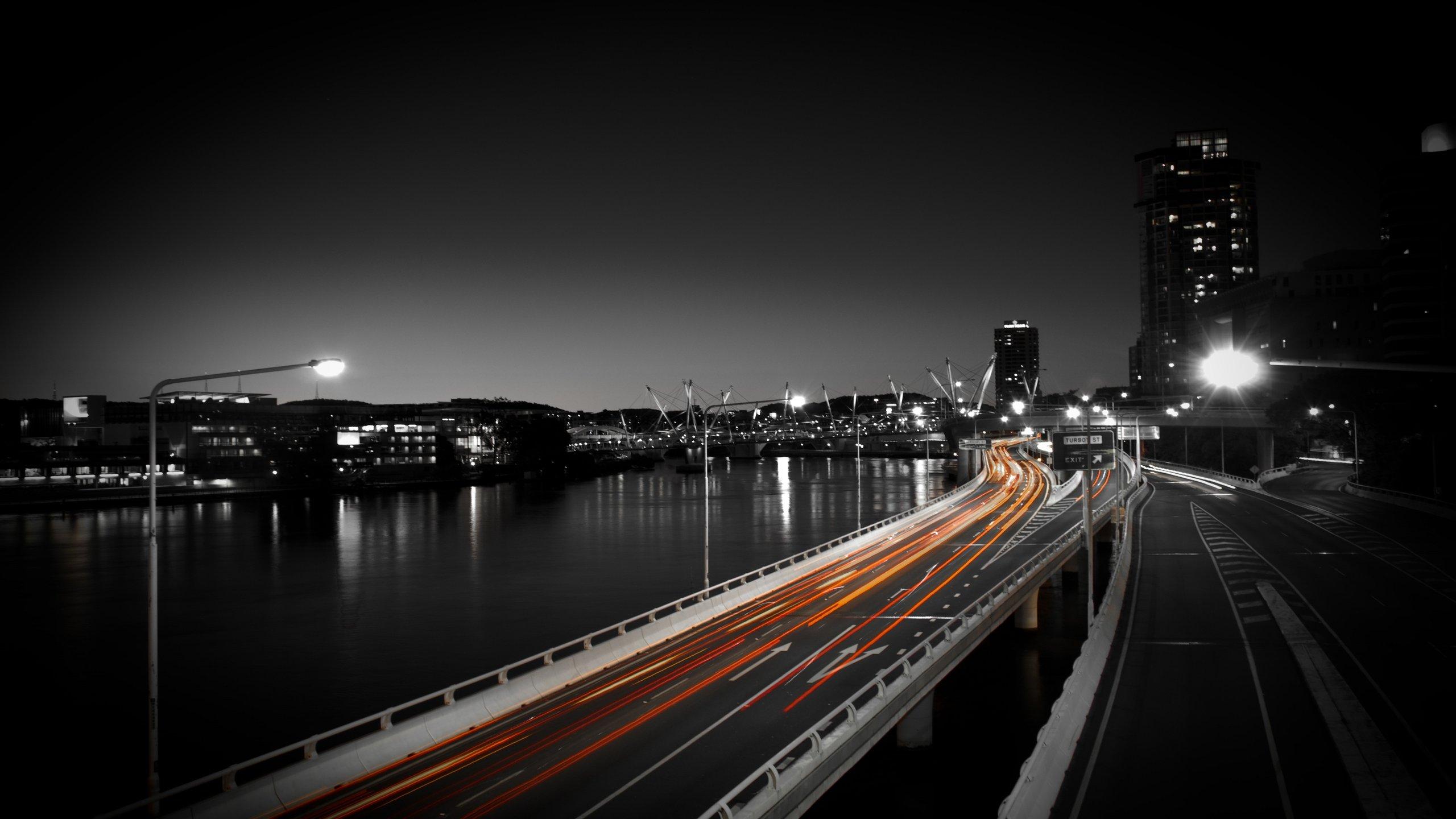 <p>Улица ночью</p>