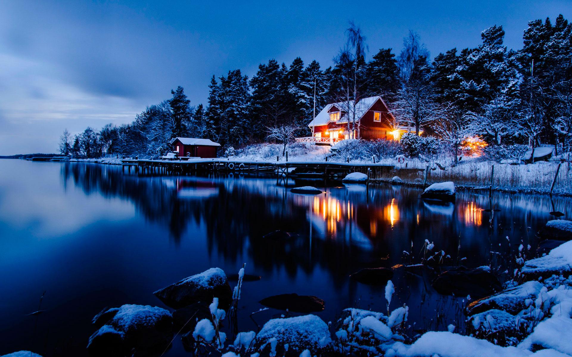 <p>Озеро зимой</p>